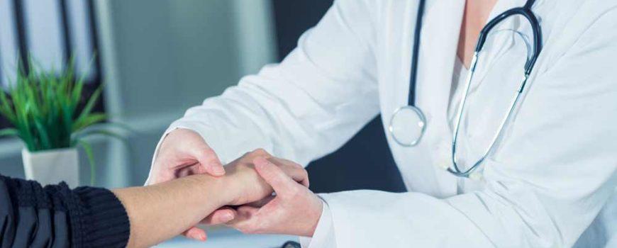 Прием дерматолога в Ростове-на-Дону | Консультации дерматолога: в медицинском центре, на дому